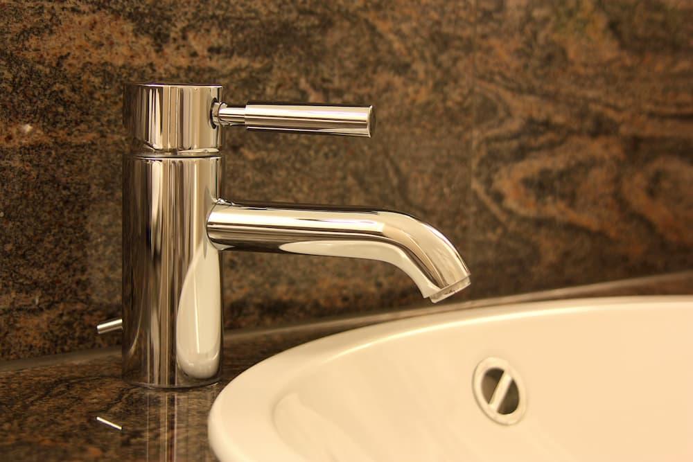 Badarmatur: Einhandmischer © pictures4you, stock.adobe.com
