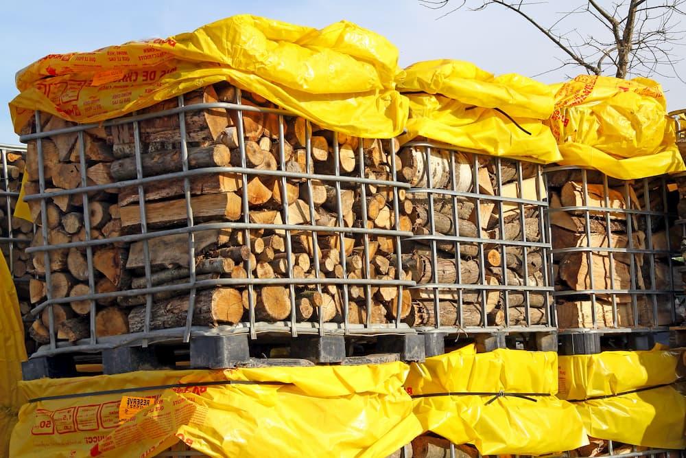 Brennholz Paletten © illustrez-vous, stock.adobe.com