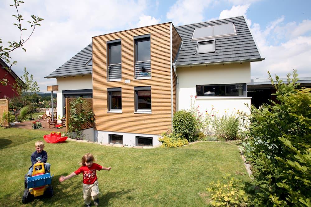 Einfamilienhaus © stefanfister, stock.adobe.com