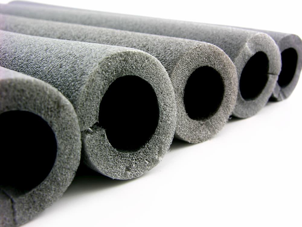 Dämmstoff für Heizungsrohre © fefufoto, stock.adobe.com