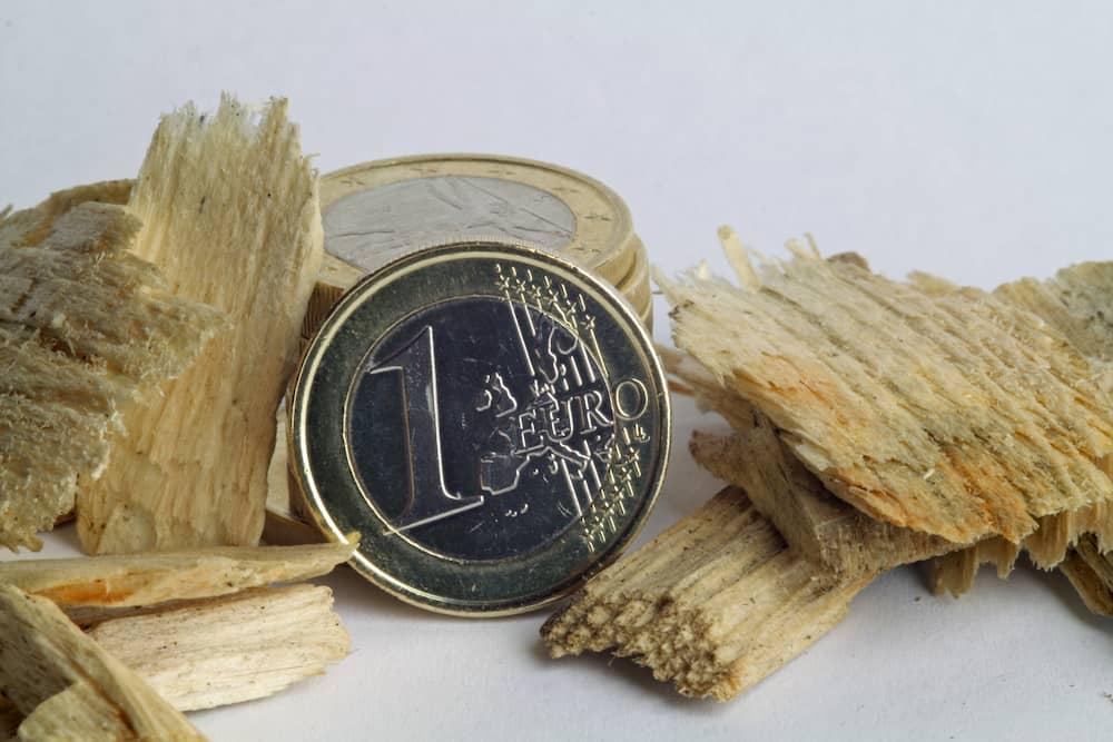 Heizen mit Holz: Kosten und Preise © Daniel Ernst, stock.adobe.com