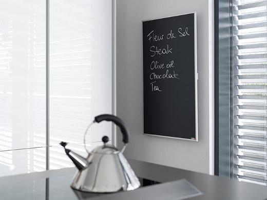 Infrarotheizung als Tafel in der Küche © Redwell