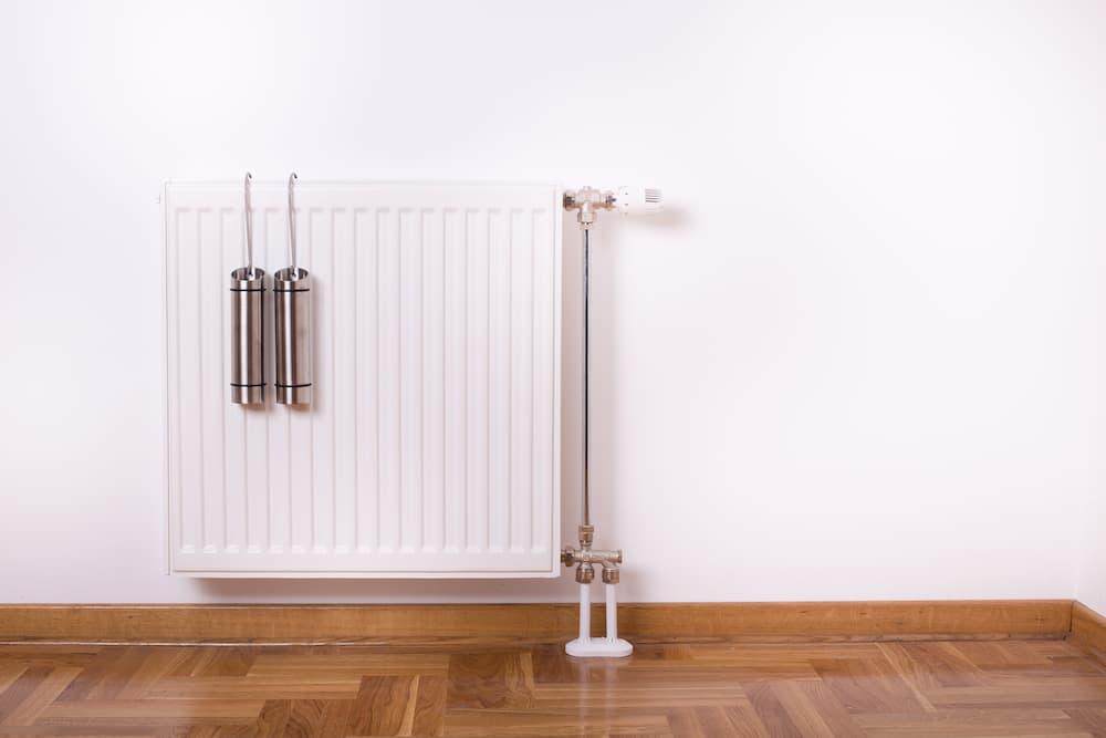 Luftbefeuchter für die Heizung © Budimir Jevtic, stock.adobe.com
